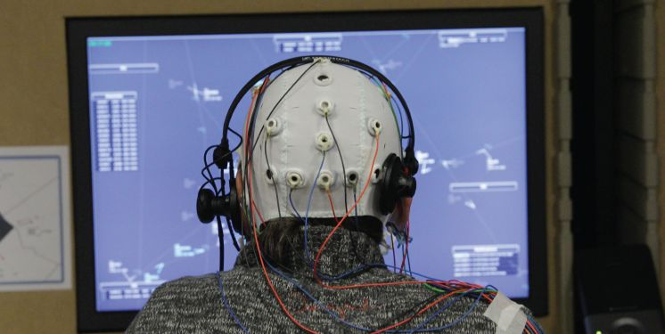 BrainWorkloadReader: measuring the cerebral workload of airline pilots and air traffic controllers